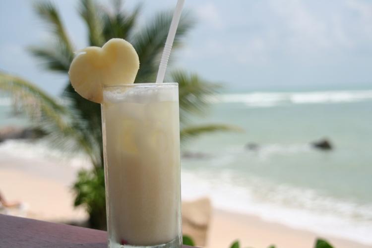 Cocktail sur la plage en Thaïlande