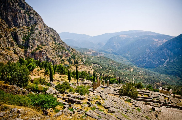 Aller à Delphes en Grèce