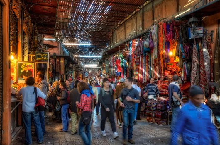 souk à marrakech, maroc