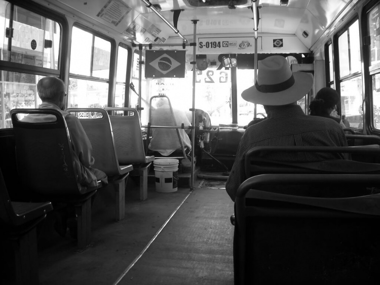 Pensez bien aux moyens de transports que vous utiliserez pour votre premier voyage à l'étranger !