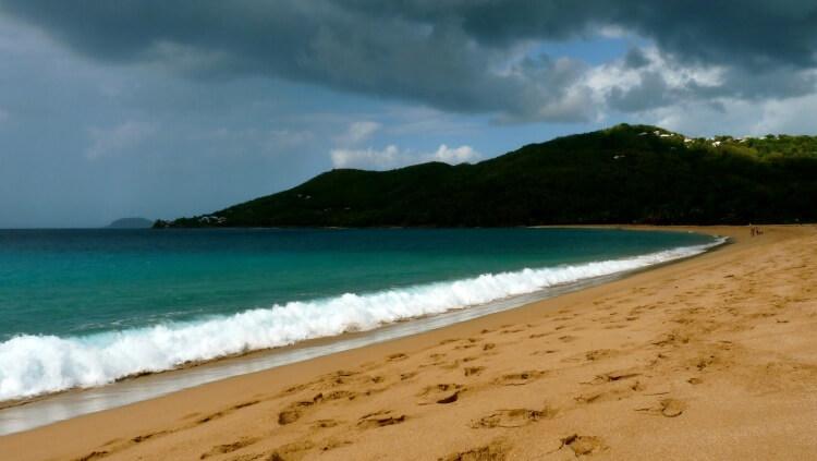 Paysage de la Guadeloupe... mais ceux de la Martinique sont semblables !