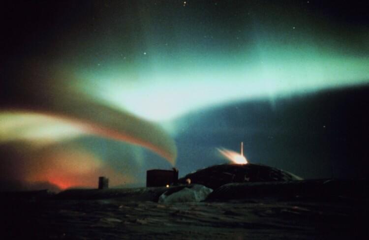 Aurore australe en antartique