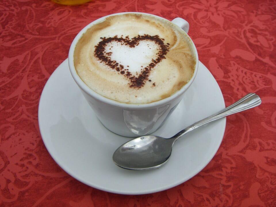 un café milanais