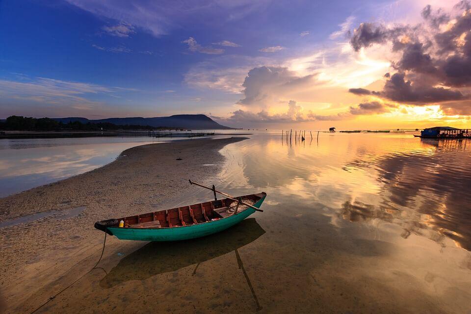 profitez du soleil couchant sur les plages de Phú Quốc