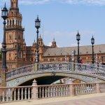 L'immanquable plaza de espana