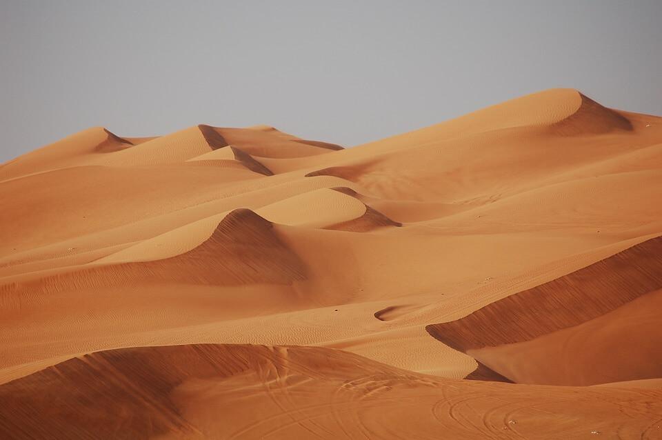 désert abu dhabi ou dubai