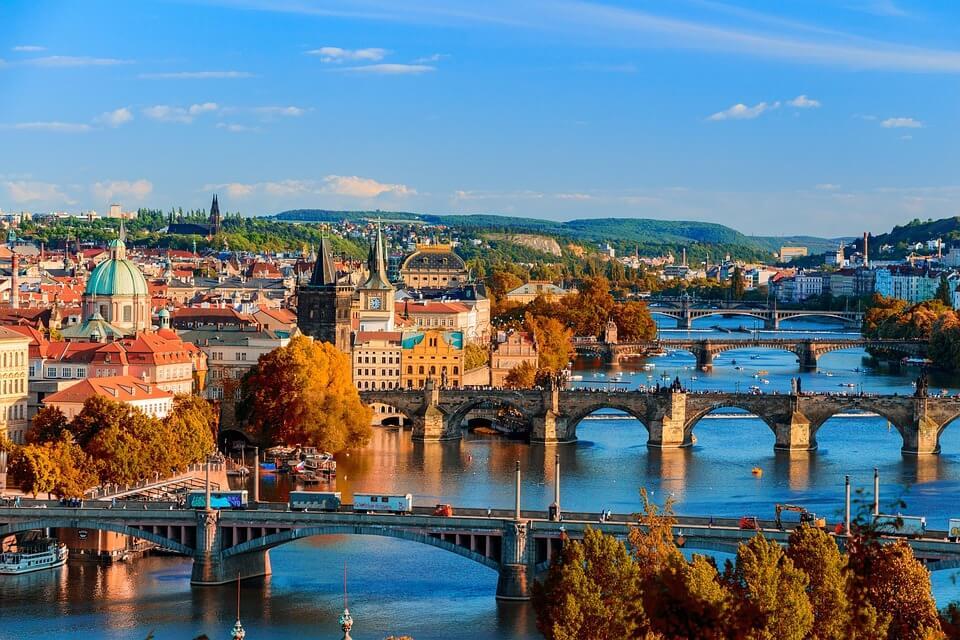 ville de prague ponts et rivière