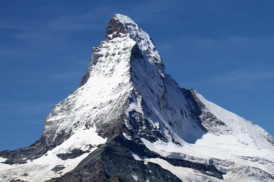 skier en France au mois de Mai zermatt