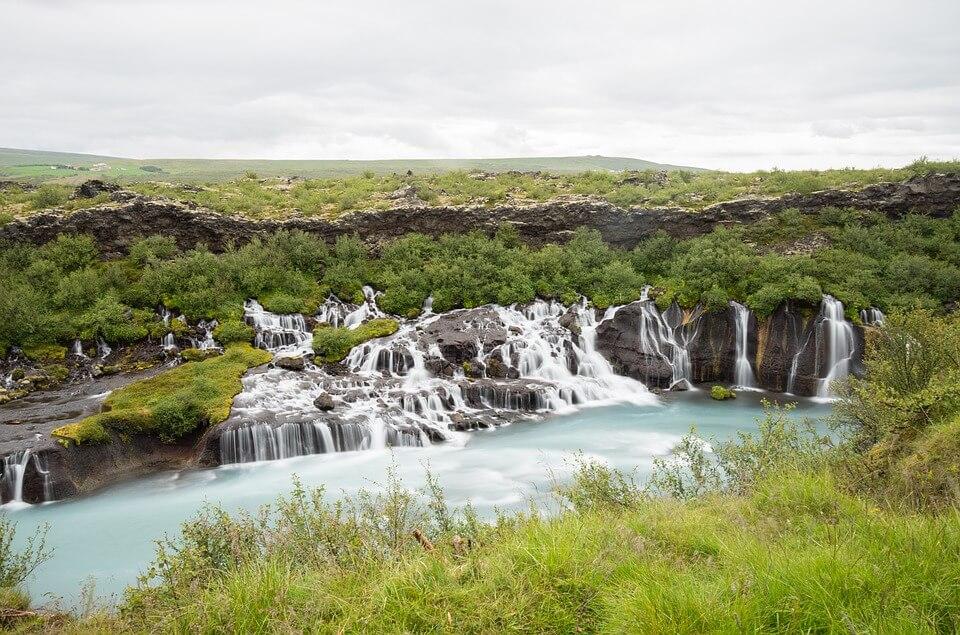 cascade hraunfossar islande en itinéraire