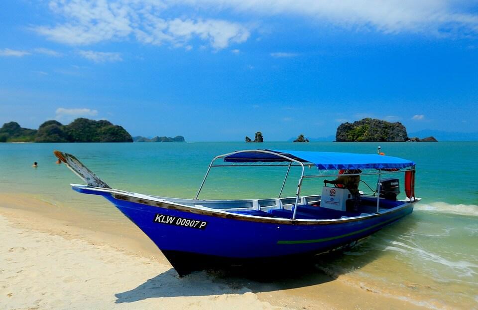 malaisie barque iles langkawi saison des pluies en malaisie
