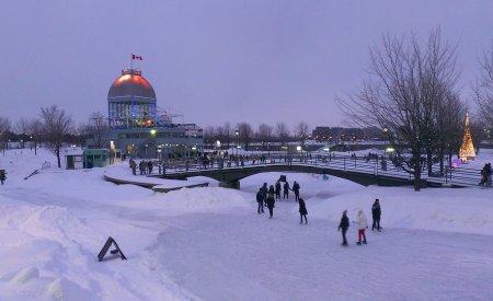 neige a montreal dans les rues en hiver
