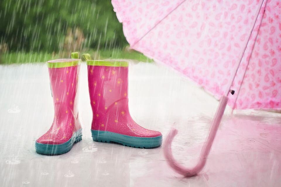 bottes de pluie saison des pluies en guyane