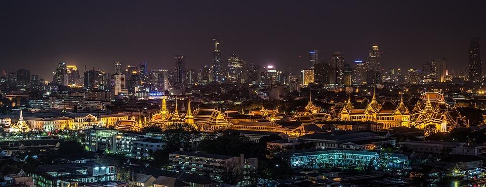 bangkok thailande de nuit ou partir pour le nouvel an a l'étranger