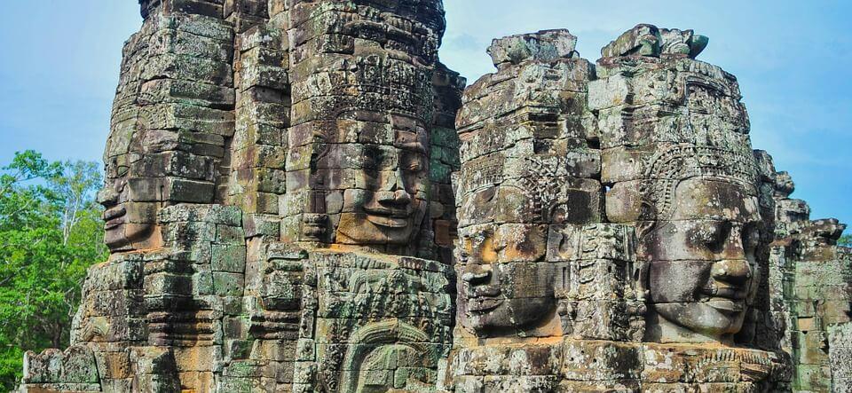 cambodge ou thailande visage rochers angkor wat