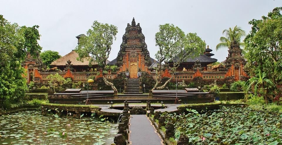 temple a bali ou lombok