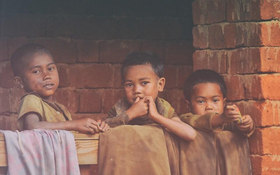 trois enfants madagascar pays dangereux