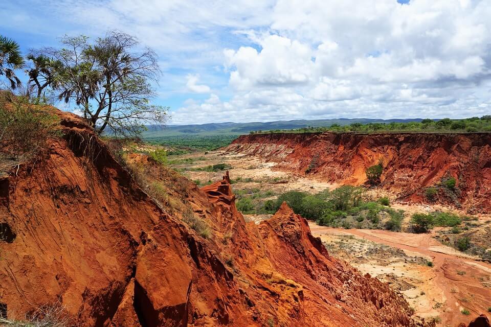 tsingy madagascar paysage