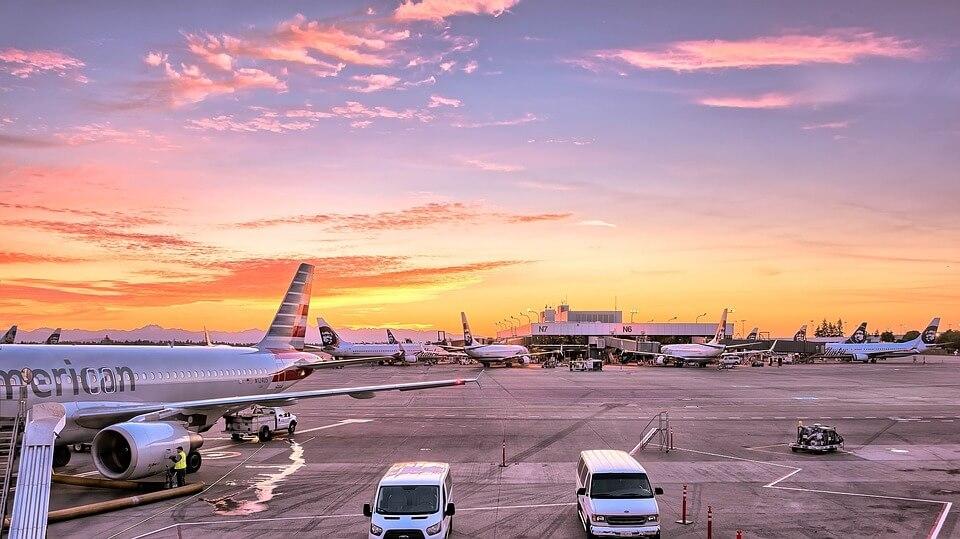 aéroport avion coucher de soleil roissy ou orly
