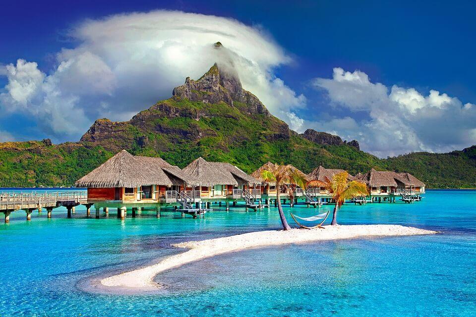 polynésie ou nouvelle calédonie tahiti bungalow