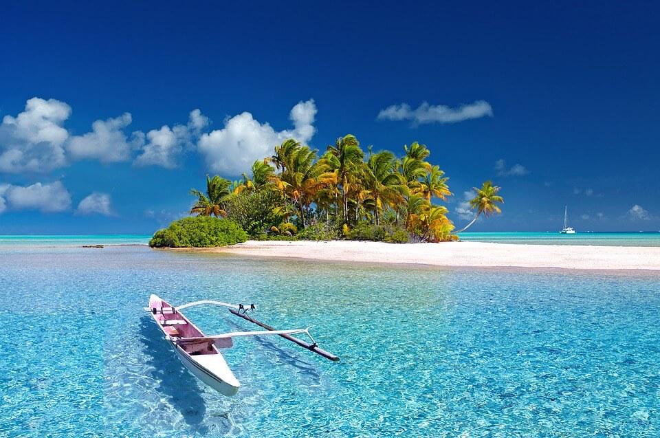pirogue tahiti motu lagon polynésie ou nouvelle calédonie