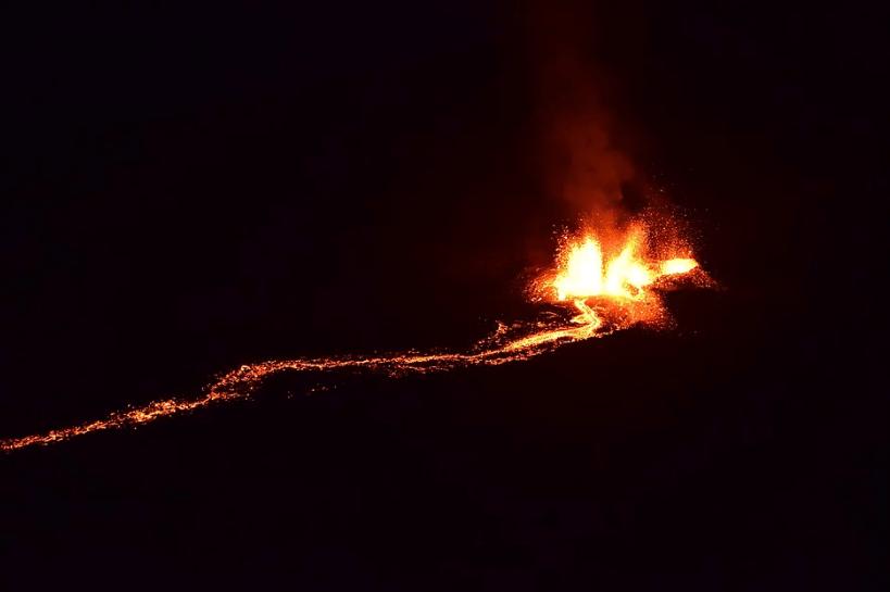 eruption piton de la fournaise que voir à la réunion