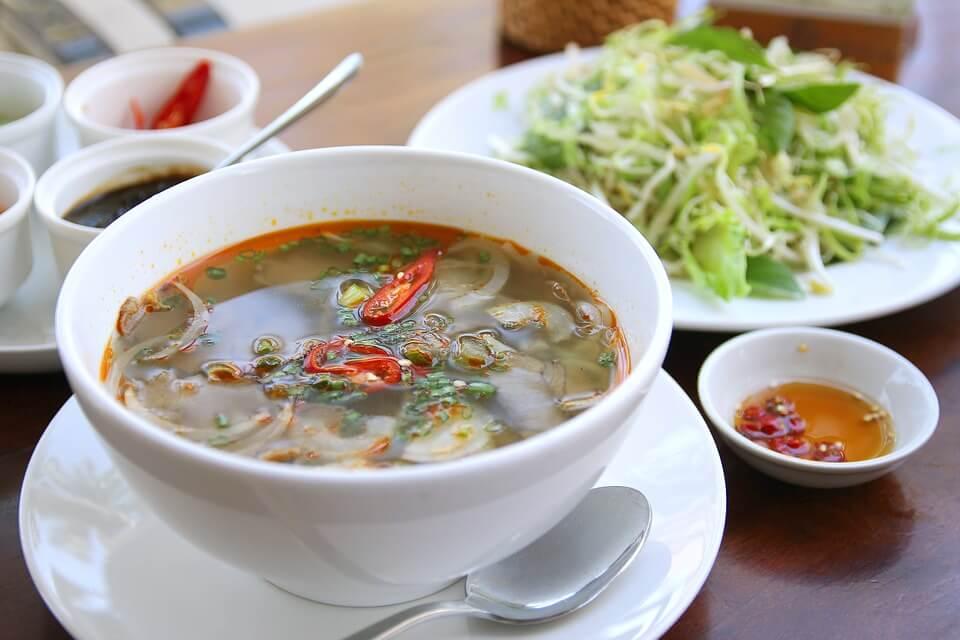 soupe vermicelles cuisine hué au vietnam