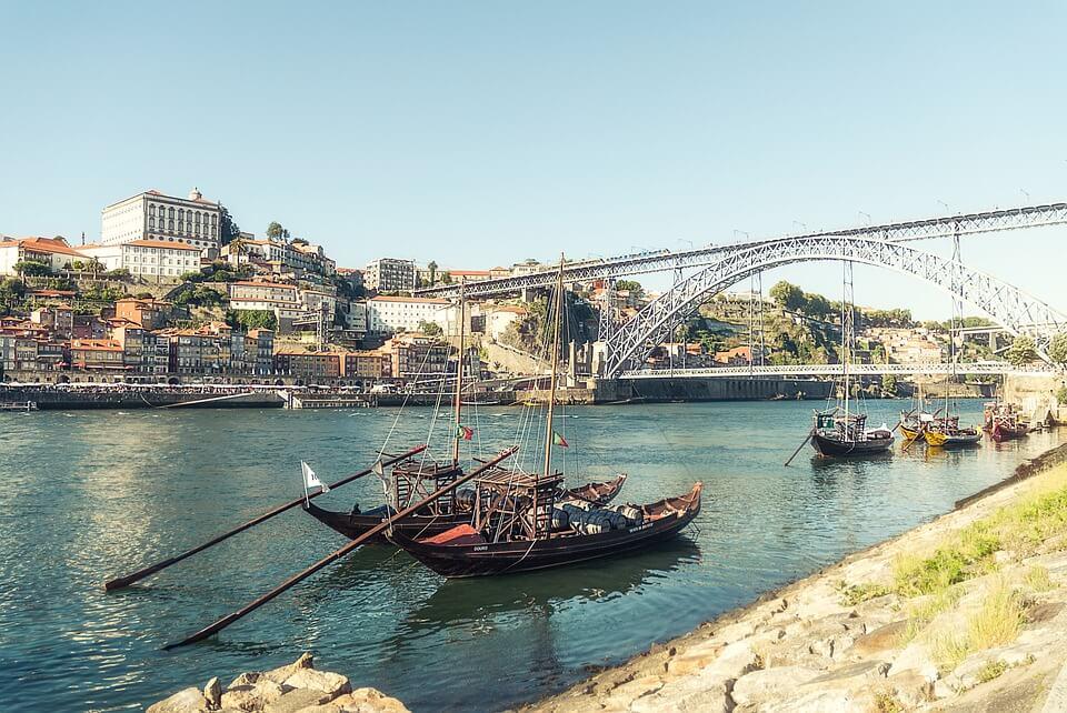 douro bateaux pont portugal en camping car