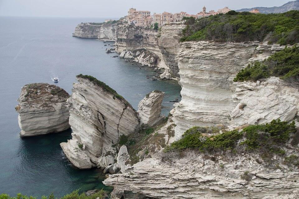 falaises de bonifacio que faire en Corse du Sud
