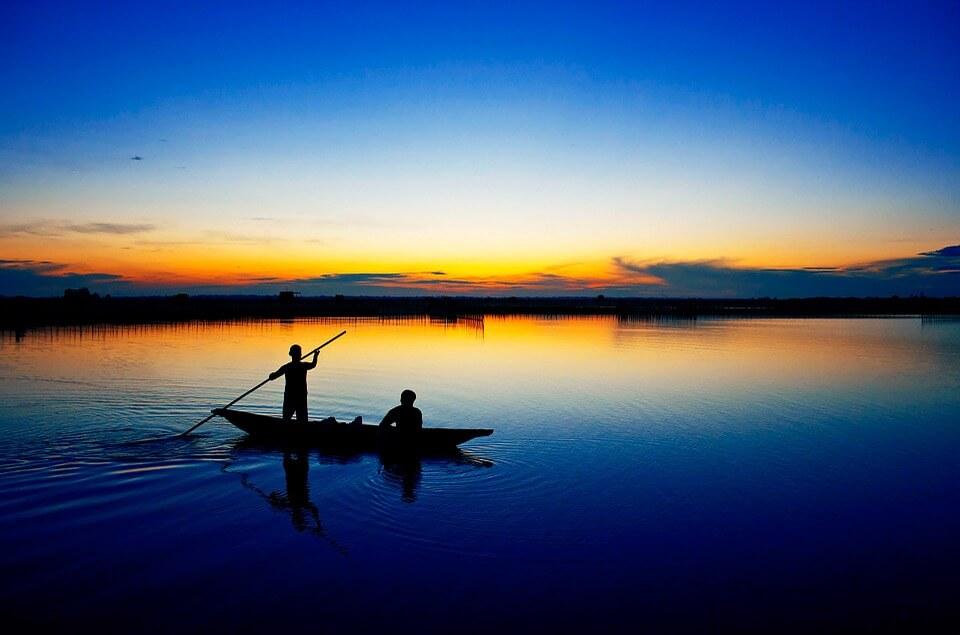 coucher de soleil pecheurs lagune de tam giang