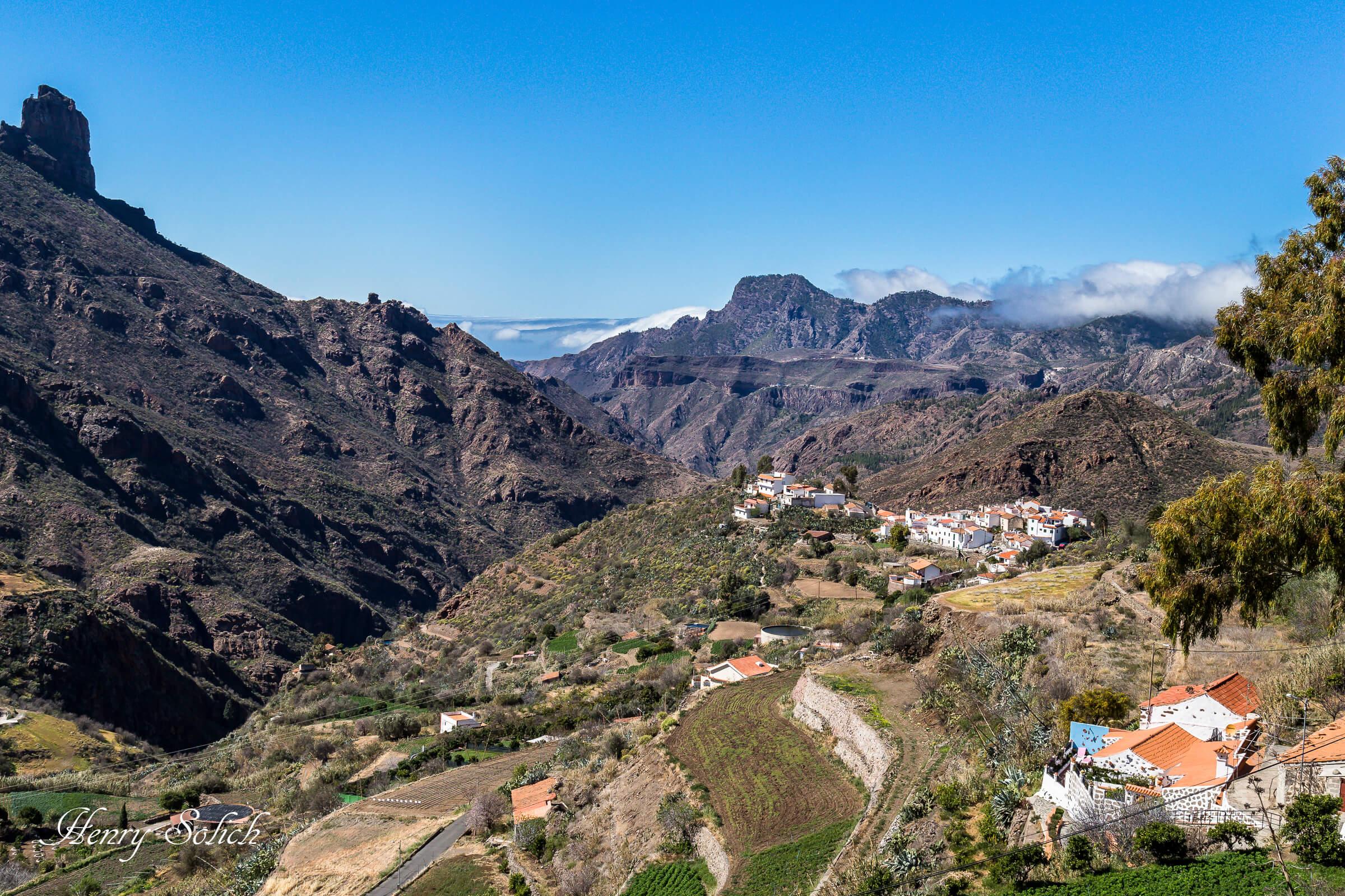 Ceux qui choisissent Gran Canaria, se plairont à déambuler dans les ruelles étroites du centre historique de Las Palmas de Gran Canaria et à se ressourcer au cœur du village de Tejada.