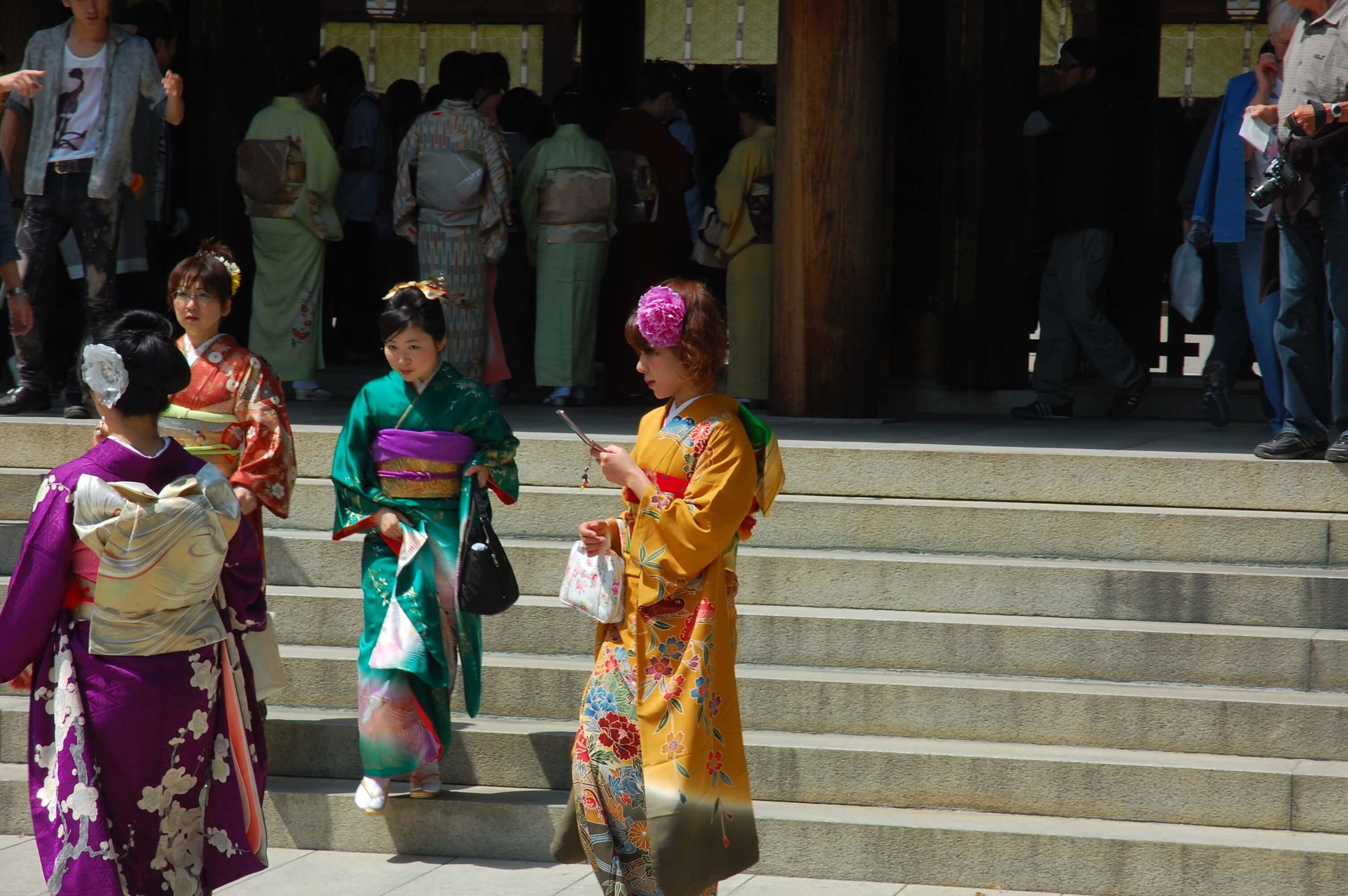 Que faire à Tokyo si on est féru d'histoire et de culture ? Se rendre à Jindai Motomachi pour découvrir la capitale japonaise sous un autre angle, sur les traces d'Edo, le nom donné jadis à Tokyo.