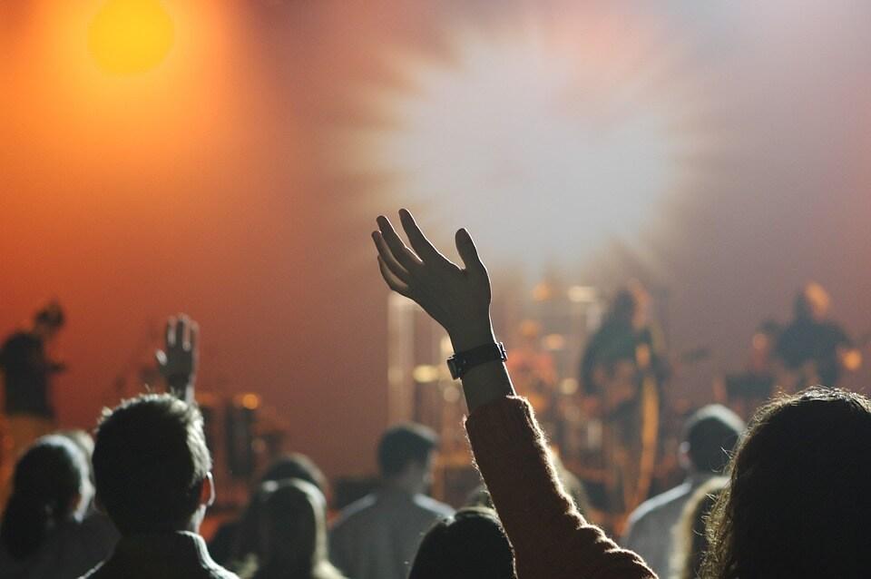 soiree main groupe foule concert où faire la fête en croatie ?