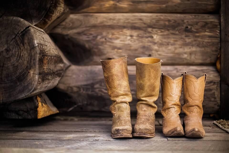 chaussures santiag cow boy que ramener des États-Unis ?