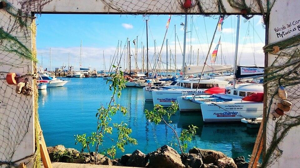 port bateaux corralejo fuerteventura lanzarote ou fuerteventura