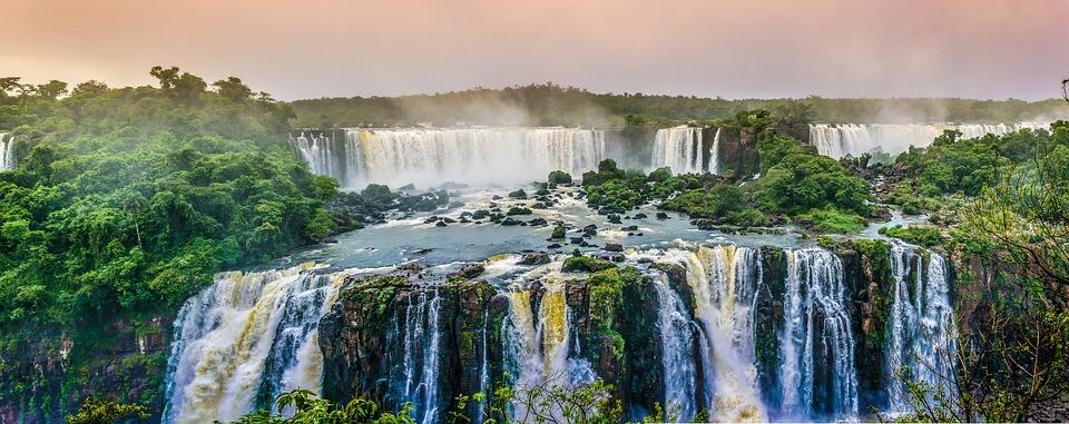 cascades iguazu pays chauds en hiver bresil