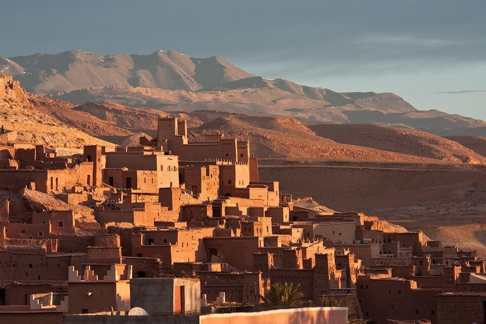 village dans le desert maroc