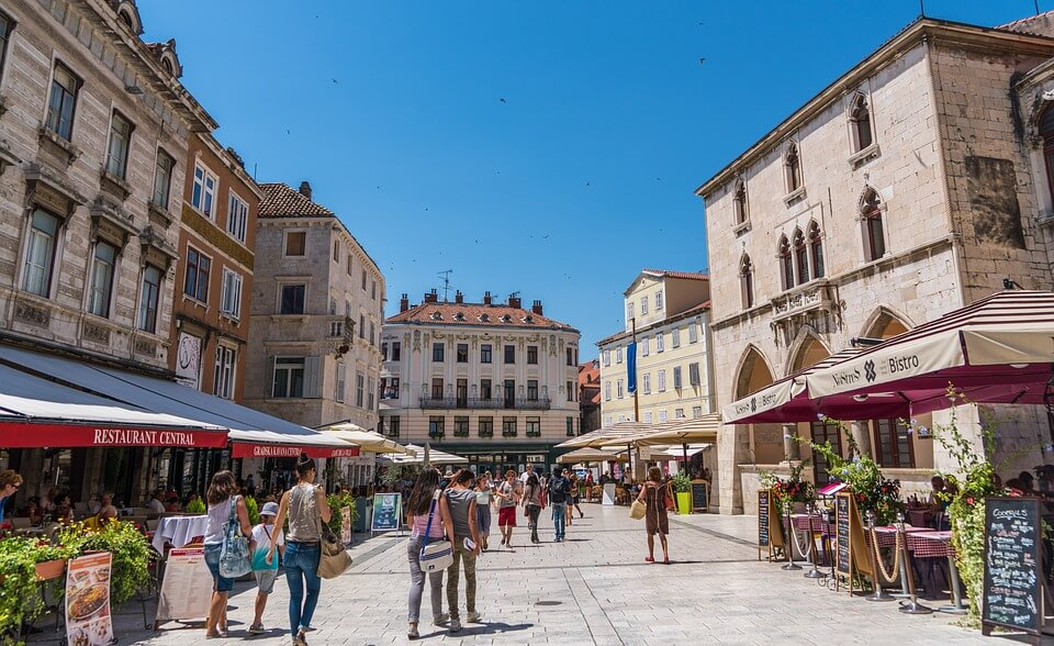 split en croatie restaurant et bars où faire la fête en croatie ?