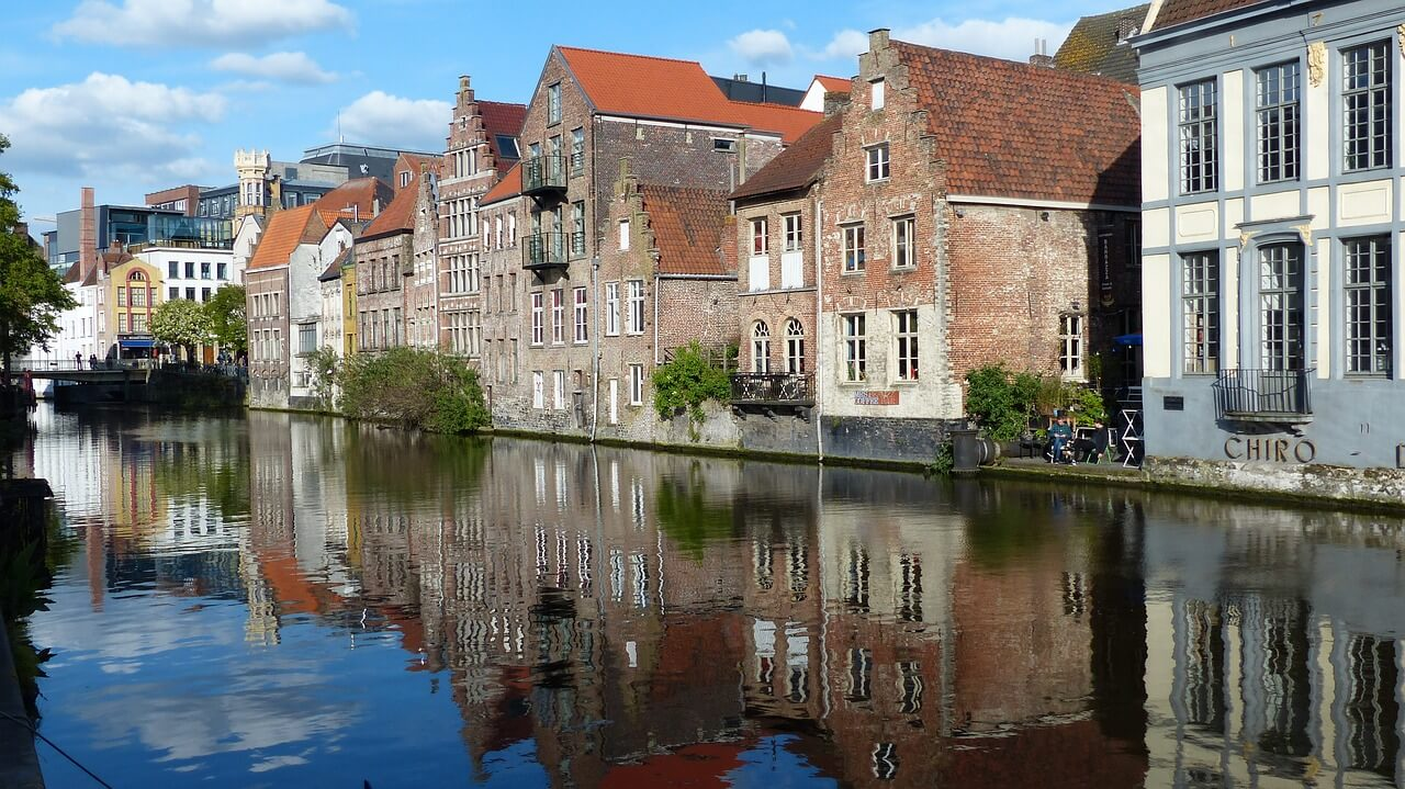gand riviere maisons