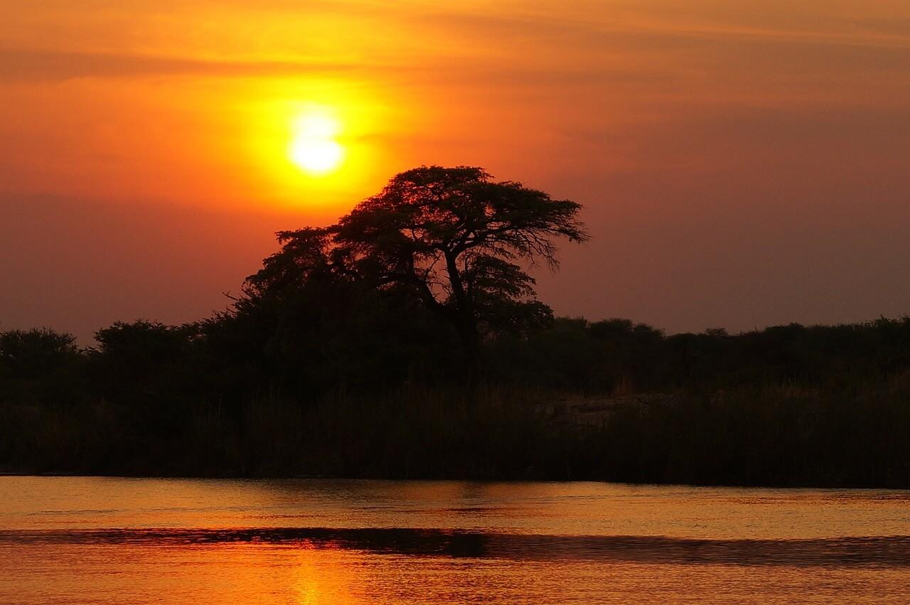 coucher de soleil botswana