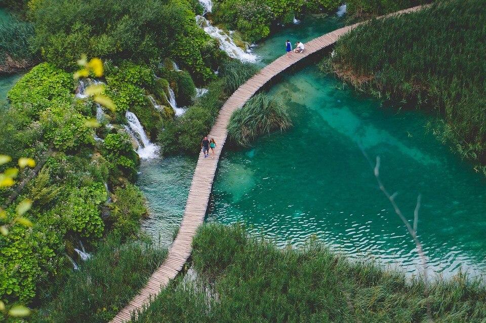 lacs cascade plitvice croatie où partir pour 500 euros par personne