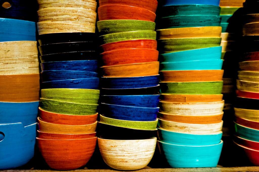 Au Cambodge, les soupes peuvent être classées en trois genres, selon leur accompagnement : somlor, soup et sgnor.