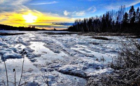 coucher de soleil lac glacé températures les plus froides du monde