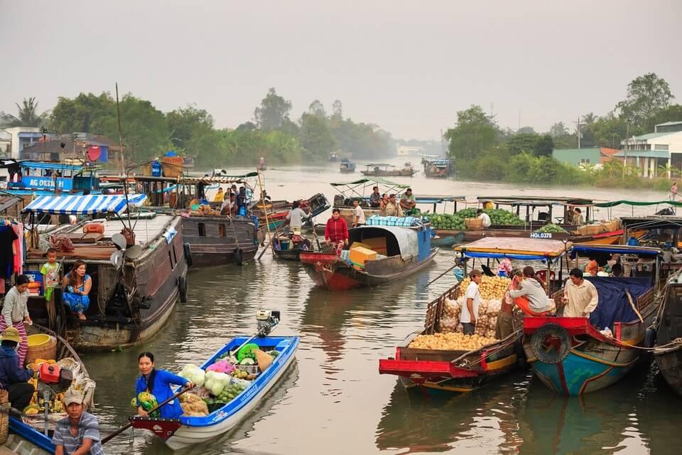 marché flottant remontée du mékong en bateau