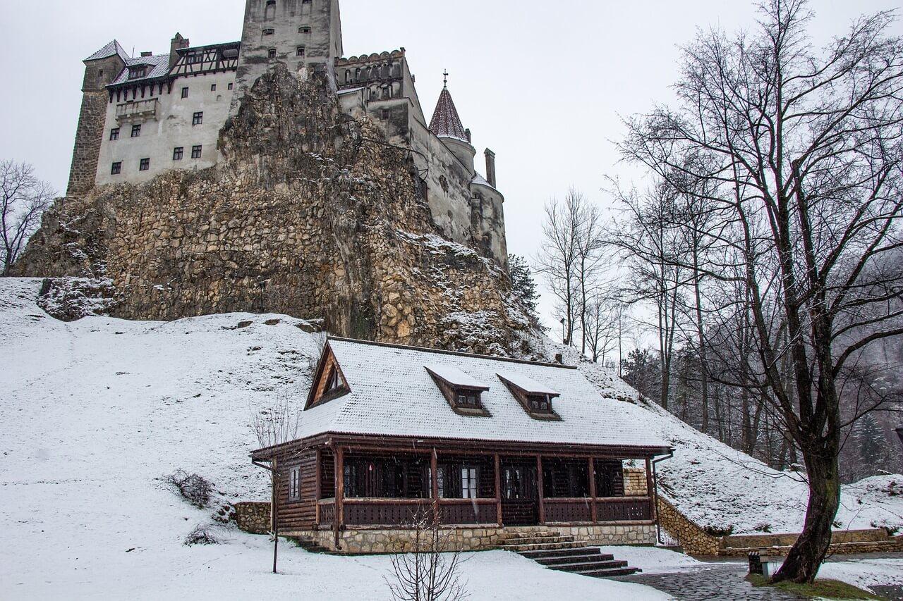neige vrai château de dracula