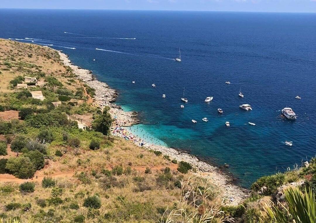 zingaro crique plage mer