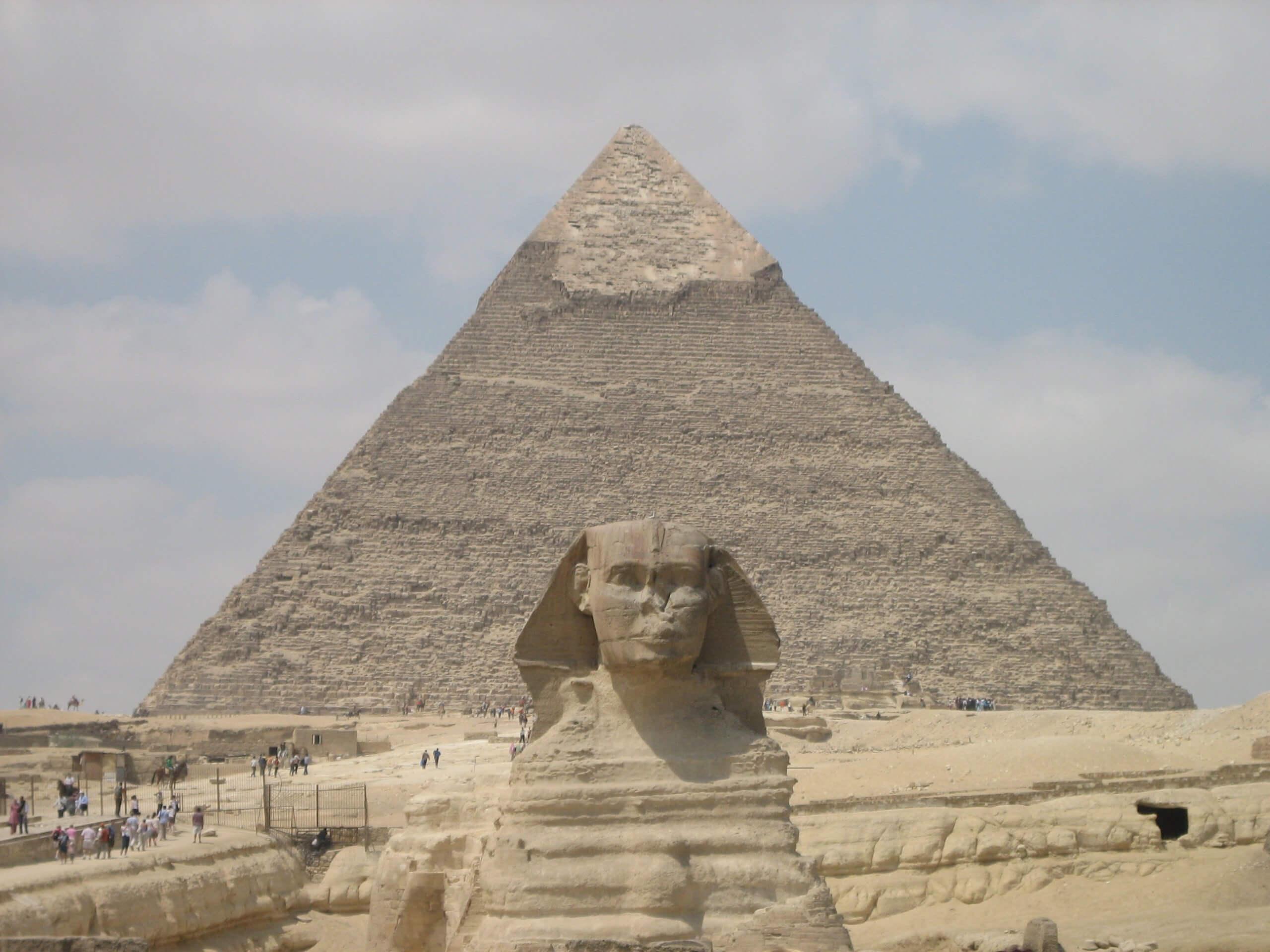 L'autre nom de la Pyramide de Kheops est la « Grande Pyramide de Gizeh ».