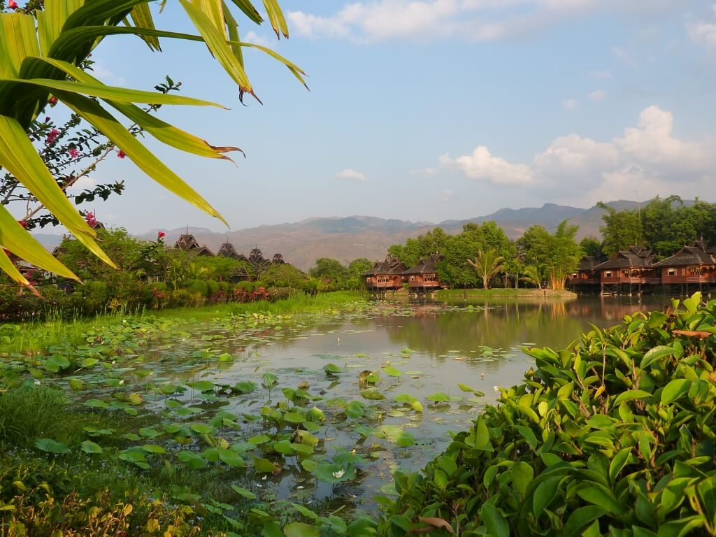 La nature luxuriante et les superbes pagodes font partie des attractions phares d'un voyage en Birmanie.