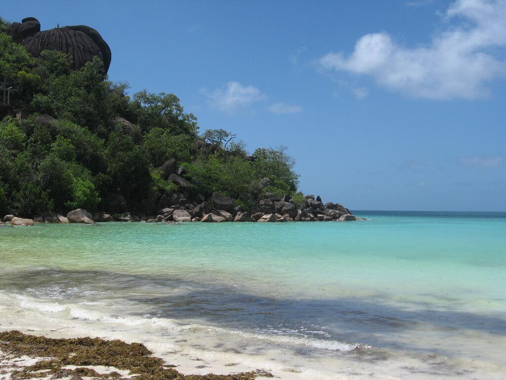 Praslin (Anse Volbert) : Anse Volbert en las Seychelles