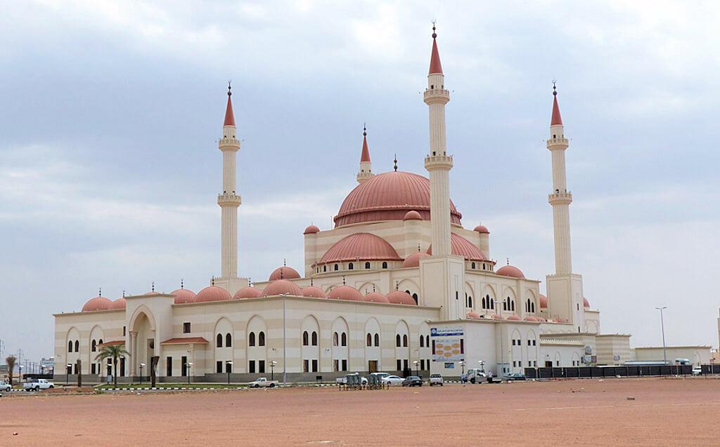 Hail : alRajhi mosque,Hail,central Saudi Arabia, 27Apr14