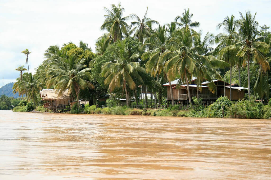 Île de Khong (Don Khong) : the Mekong, Don Det, Laos